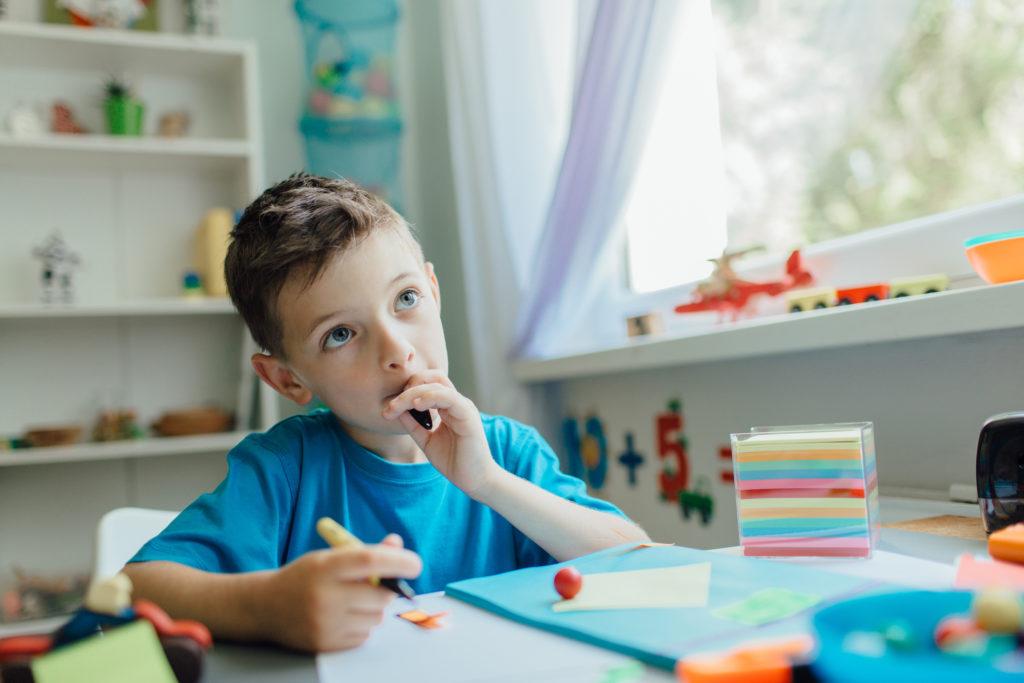 hacer calendario con tus hijos en casa