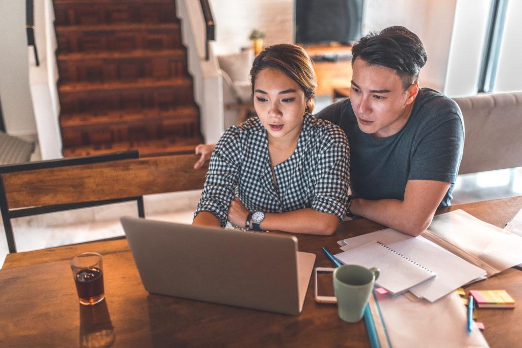 calcular gastos en pareja