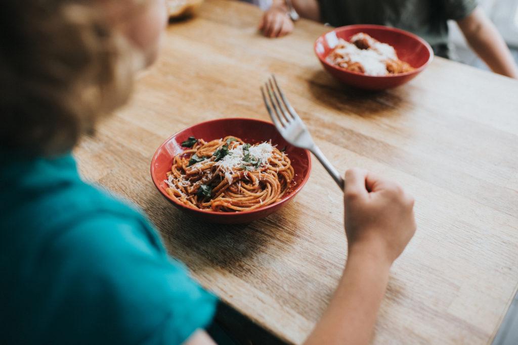Reto mini chefs: enséñale a cocinar a los pequeños este verano
