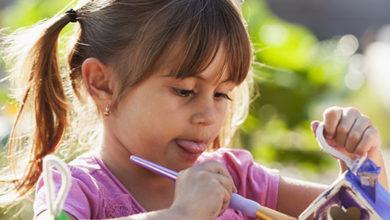 Casita de madera para lápices: una actividad para entretenerse en verano