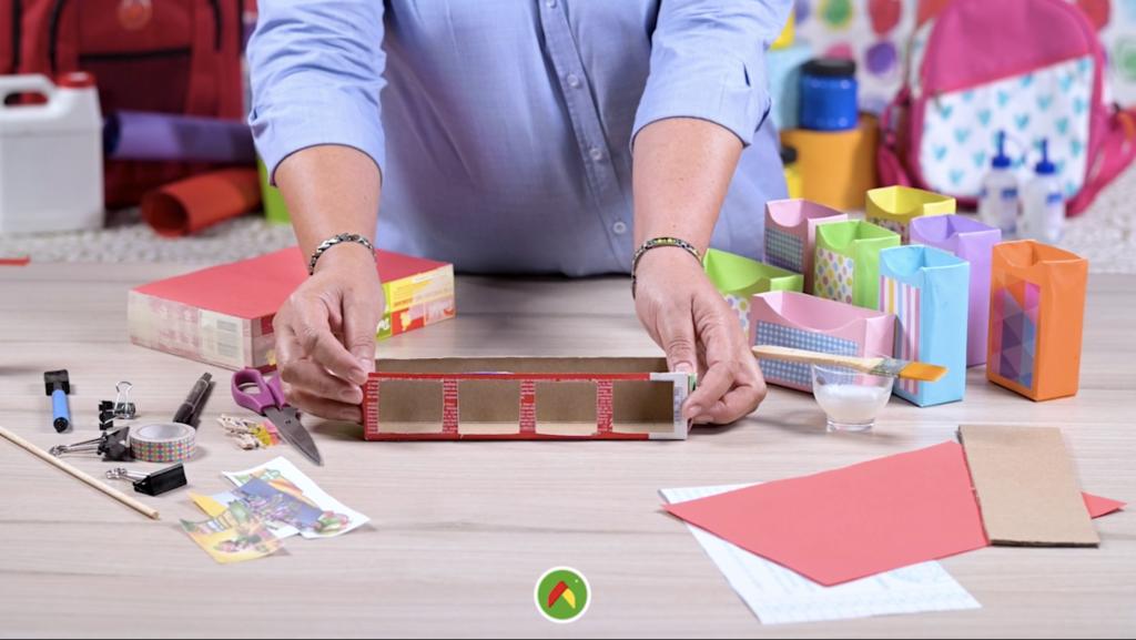 Crea un colorido organizador para útiles escolares
