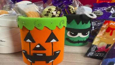 Convierte latas de aluminio en dulceros de Halloween
